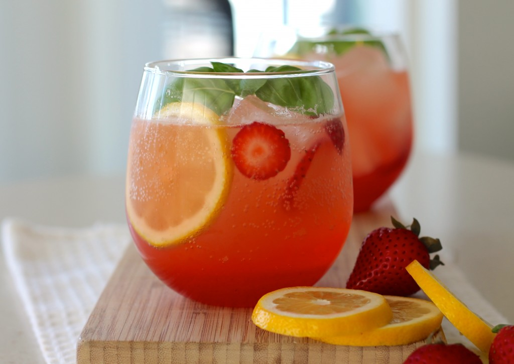 Sparkling Strawberry and Basil Lemonade